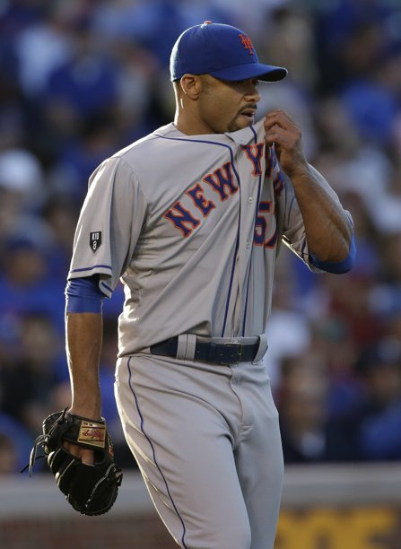 Johan Santana takes loss in Monday's game against Cubs