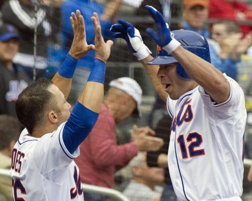 Scott Hairston celebrates homer against Cardinals