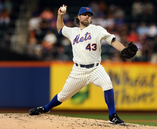 R.A. Dickey gets no decision against Rockies