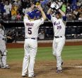 David Wright congratulates Ike Davis after 4th inning homer, his first of 2 on the night.