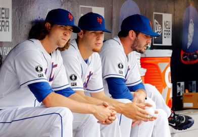 Mets Open to Long-Term Contracts for Pitchers