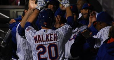 Mets Complete Sweep of Reds