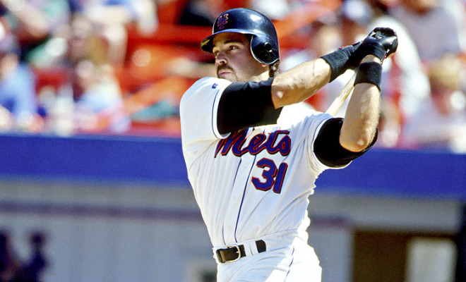 Video: Tribute to Hall of Famer Mike Piazza