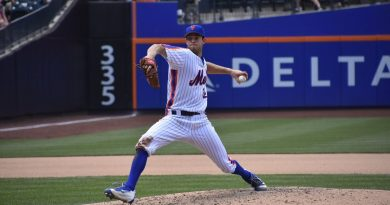 Steven Matz No-Hit Bid Falls in 8th; Mets Win