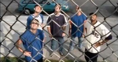 Video: Mets vs. Yankees in Stickball