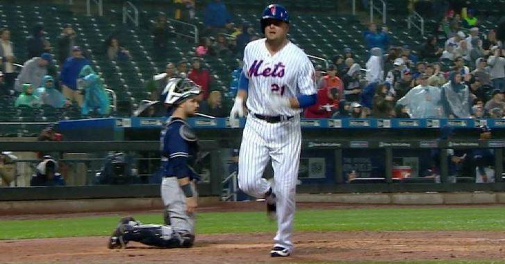 Mets Drop Series to Lowly Padres
