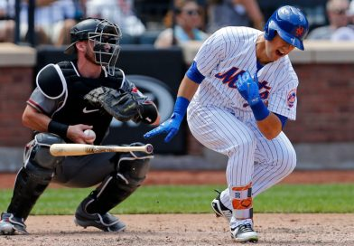 Michael Conforto Dislocates Shoulder